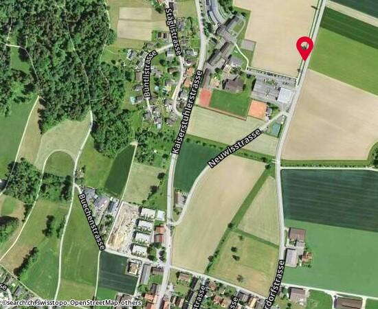 8174 Dorfstrasse 19